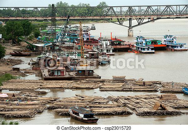 rivière, activités, ayeyarwady, port - csp23015720