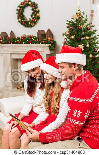 santa, chapeaux, tablette, famille - csp51404963