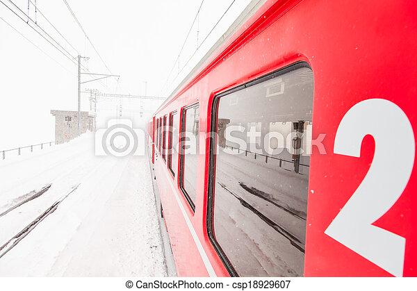 train, neige - csp18929607