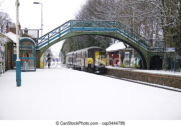 train, neige - csp3444786
