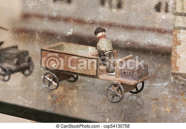 vendange, voiture jouet - csp54130758