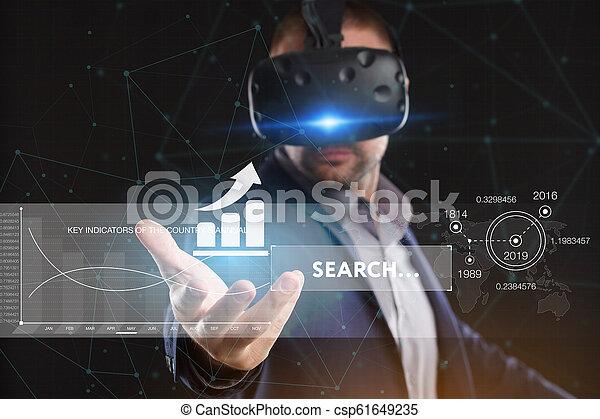voit, réseau, fonctionnement, inscription:, concept., jeune, virtuel, business, internet, homme affaires, technologie, réalité, lunettes - csp61649235