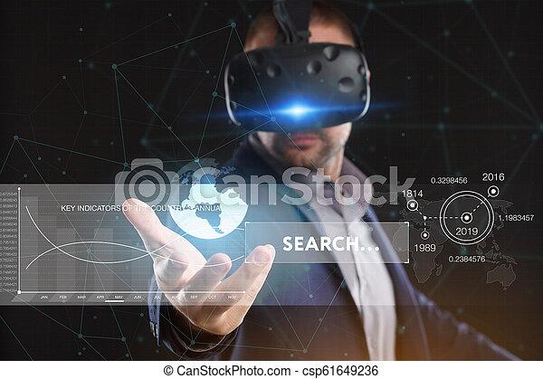 voit, réseau, fonctionnement, inscription:, concept., jeune, virtuel, business, internet, homme affaires, technologie, réalité, lunettes - csp61649236